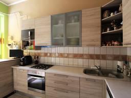 Продам 2-комнатную квартиру, 65 м²