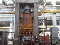 Used hydraulic press for plastics, force 1000t